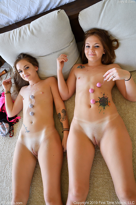 face Lesbians squirting in
